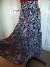 LADIES PER UNA/M&S FLORAL MIX SKIRT SIZE 10 LONG/CALF LENGTH ELASTICATED WAIST