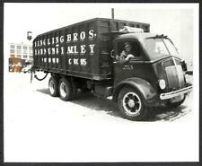 RINGLING BROS BARNUM & BAILEY CIRCUS TRUCK PHOTO (165)