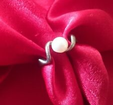SOLITAIRE PEARL VINTAGE QUARTZ HALLMARKED STERLING SILVER RING, SIZE M,1.5 GRAMS