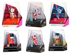 LONDON 2012 OLYMPIC COLLECTORS FIGURINE QUEENS QUARD BEEFEATER UNION FLAG NEW