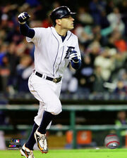 Ian Kinsler Detroit Tigers 2015 MLB Action Photo RZ108 (Select Size)