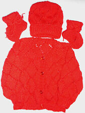 SZ 000 3 piece BABY SET HAND KNITTED BRAND NEW