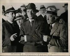 1935 Press Photo George Brent and Ricardo Cortez in Special Agent. - cvp99871