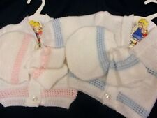 DREAM BABY GIRLS/BOYS PINK OR BLUE CARDIGAN HAT & BOOTIE SET 0-3 3-6 6-9 MONTH
