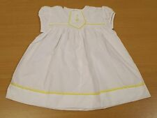 VINTAGE 1970s UNWORN GIRLS WHITE & YELLOW TRIMMED DRESS AGE 12 MONTHS