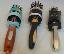 SASSY & CHIC ASSORTED HAIR BRUSHES ROUND STLYE BRUSH WITH BRISTLES