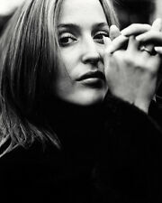 GILLIAN ANDERSON CLOSE UP B/W PORTRAIT LOVELY IMAGE PHOTO OR POSTER