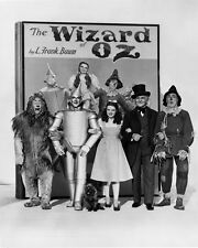 THE WIZARD OF OZ B&W CAST POSE PHOTO OR POSTER