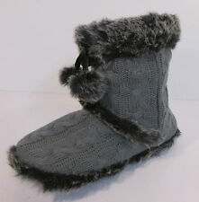 LADIES GREY KNITTED BOOT SLIPPERS WITH POM POMS  X2037