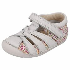 CHILDRENS INFANT CLARKS SHOES IN WHITE - STYLE - LITTLE MAE - WIDE FIT (G)