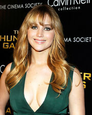 JENNIFER LAWRENCE BUSTY SEXY IN REVEALING GREEN DRESS PHOTO OR POSTER