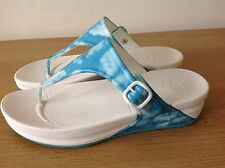Fit Flop. Fitflop. Toe Post Wedge Slip-on Sandals. White Blue Sky Clouds. UK 8.5
