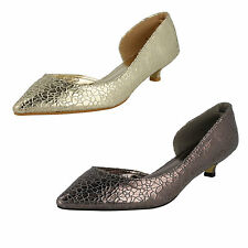 LADIES SAVANNAH COURT SHOE AVAILABLE IN GOLD & PEWTER F9784