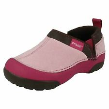 CHILDRENS CROCS AVAILABLE IN BUBBLEGUM/BERRY STYLE NAME CUNNING CAMERON