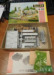 OLD FALLER #B-254 GREENHOUSE KIT IN BOX LOOKS COMPLETE UNSTARTED HO SCALE LQQK