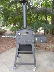 Le Boulanger Wood-Fired Outdoor Oven