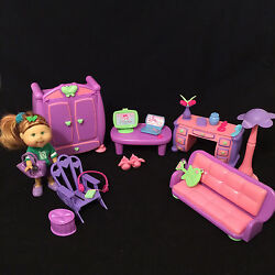 CABBAGE PATCH KIDS lil sprouts Soccer Playing Doll + Furniture & Accessories