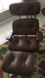 Vintage Plycraft Chair Eames Style Herman Miller Era Lounge Chair and Ottoman