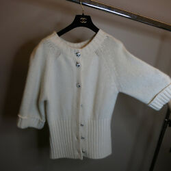 CHANEL OFF WHITE CASHMERE CARDIGAN