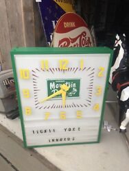 HUGE Mountain Dew Soda Vintage Metal Box Light-Up Clock Sign Hillbilly Drink