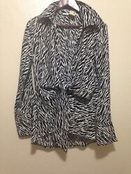 New Runway Button dawn Shirt Women's Size M