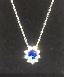 Item in mint condition Tiffany blue sapphire necklace Tiffany & Co