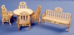 1:48 Scale Q252 Garden Bench Table & 4 Chairs Kit - 0001645