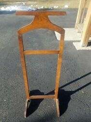 Wooden Valet Stand Shirt Rack (POSSIBLE SHIPPING FOR COST TO SHIP)
