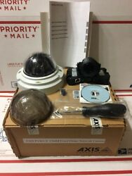 Axis Communications 0470-001 P3363-V 12MM FIXED DOME CAMERA LIGHT FINDER Manuel