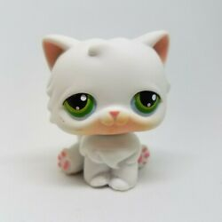 Littlest Pet Shop Persian Cat #15 Hasbro White Green Eyes Red Magnet 2004 LPS