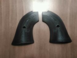 Small frame revolver grips plastic Fits Heritage Rough Rider RR new black $8.99