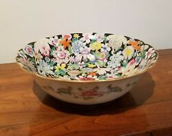Qing Antique Chinese Porcelain Hand Painted Famille Mille Fleur Black Background