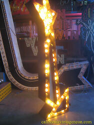 Vintage 1950's TALL YELLOW ARROW sign   2-sided with CHASE lights GREAT ANTIQUE!