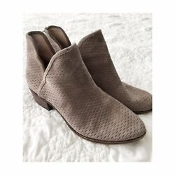 Lucky Brand Gray Suede Booties 9 M Slip On Leather Flat 40