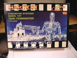 1991 Terminator 2 Judgment Day T-800 Endoskeleton Halcyon Plastic Model Kit