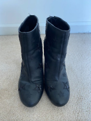 Kenneth Cole Reaction Black Star Ankle Booties Size 6.5 SO cute $30.59