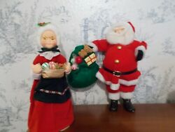 Santa amp; Mrs. Claus Table Top Decorative Figurines 12quot; Centerpiece $8.00