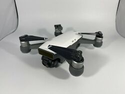 DJI Spark Quadcopter Withe Controller 3 Batteries charging station $400.00