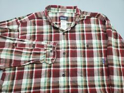 Patagonia Size LARGE Men#x27;s Red Button Long Sleeve Plaid Flannel Shirt $23.70