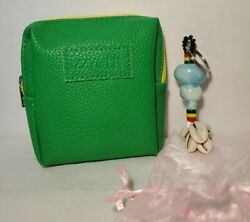 NEW Izzy amp; Liv Mini Zip Pouch Green and African Glass Bead Keychain $2.50