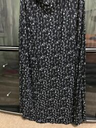 Essence long skirts Maxi for plus size 26 black amp; White L 33 $16.99