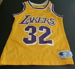 MAGIC JOHNSON Los Angeles LAKERS Vintage CHAMPION Size 36 Replica NBA Jersey $50.99