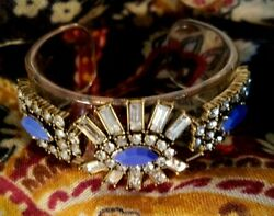 SHOWY CLEAR LUCITE 1quot; WIDE CUFF BRACELET WITH RHINESTONES amp; BLUE PLASTIC GEMS $8.00