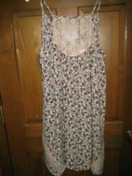Kendall amp; Kylie Dress PacSun Floral amp; Lace Spaghetti Strap V Neck Medium NWT Tan