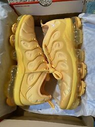 New Nike Air Vapormax Plus Yolk ORANGE Women#x27;s Size 12 Men's 10.5 DJ5993 800 $239.99