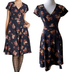 ModCloth Sentimental Special Short Sleeve Dress Navy Floral. Size Small $30.00