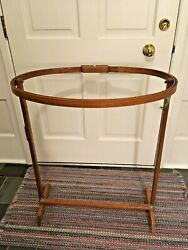 Wooden Floor Standing Oval Quilting Frame 17quot; x 25quot; x 31quot; H $25.00