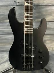 Used Jackson JS Series Minion JS1X 4 String Short Scale Electric Bass with Bag $189.00
