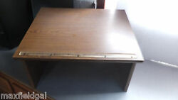 Very Slightly Used Portable Podium LecternVERY Solid Med Oak Laminate w warra $46.36