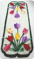 Tulips Wool Applique Penny Rug Table Runner pattern by Cath's Pennies Designs